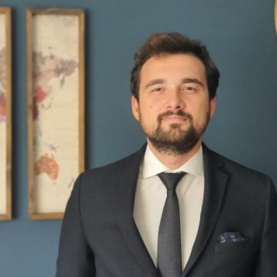 Av. Arman Ahmet Öztan kullanıcısının profil fotoğrafı
